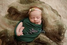 Plain Colour Lacey Wrap/Stuffer - MIXED GREEN